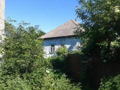 A plot of 50 acres on the banks of the river Uday to the house under the cottage