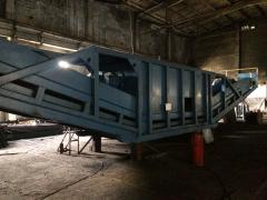 Industrial semi-mobile crushing-and-sorting complexes