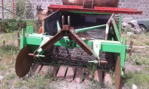 Potato digger UNIA WEGA 1400 UNO
